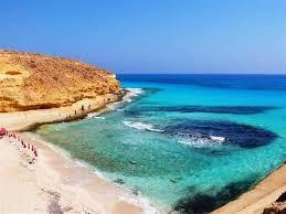 شاطئ عجيبة